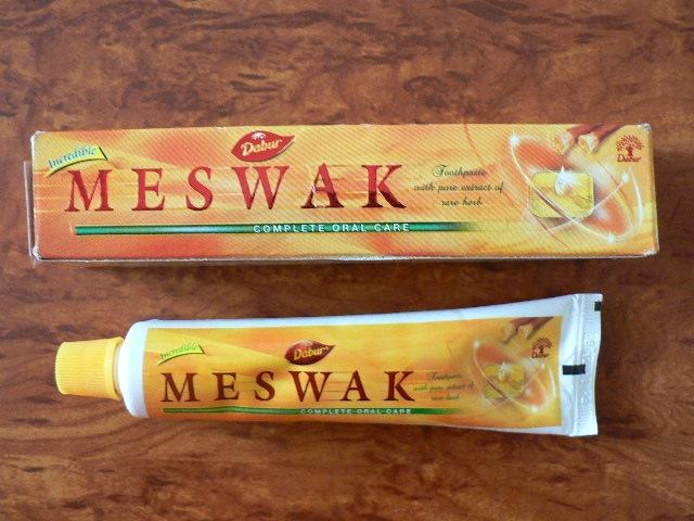 <b>MESWAK</b><br>TOOTH PASTE<BR>Tube of 200 grs